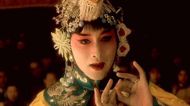 '역주행'이 대세…홍콩 영화엔 '유통기한' 없다