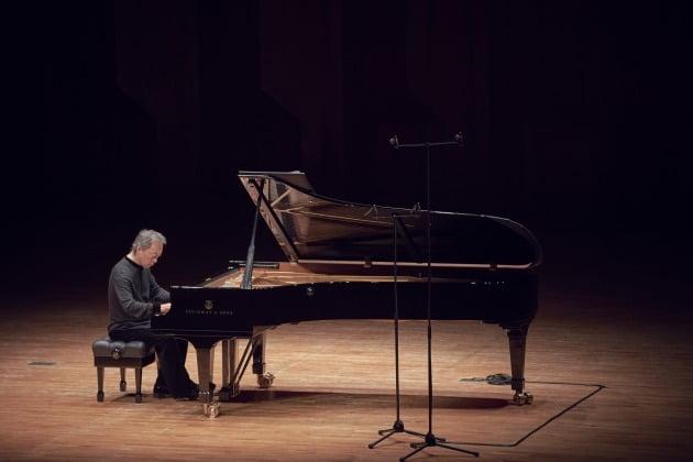 지난 28일 서울 예술의전당에서 열린 정명훈의 피아노 독주회. 크레디아 제공