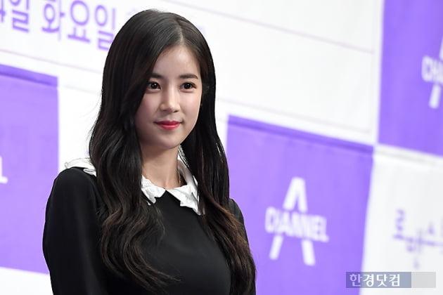 에이핑크 박초롱 '학폭' 의혹, 맞고소 이어 여론전…녹취록 일부 공개