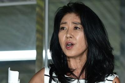 """김부선 """"이재명 '썸씽' 허구? 조국·임종석·오세훈처럼 잘생긴 사람이랑…"""""""