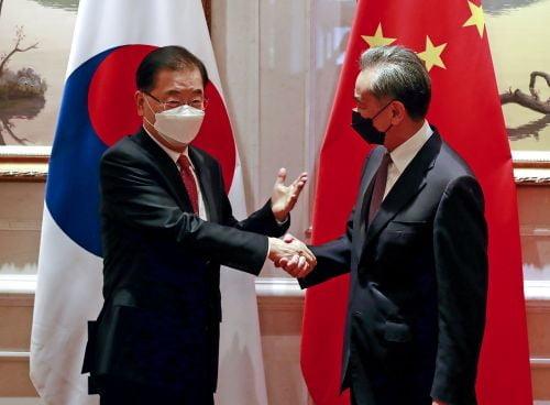 한·중 외교회담, '한반도 비핵화·2+2 외교안보대화' 논의
