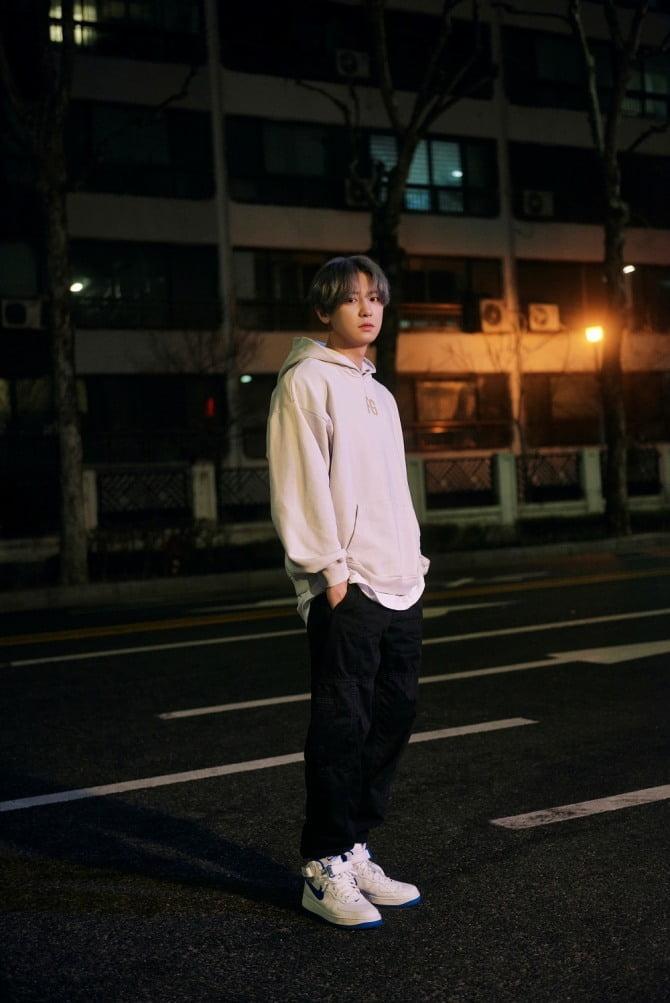 SM 'STATION', 찬열 솔로곡 'Tomorrow' 아이튠즈 톱 송 차트 24개 지역 1위