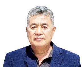 """김창만 경주마생산자협회장 """"'희망고문' 말고 차라리 경마 폐지해달라"""""""