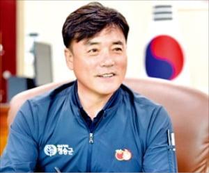 """윤경희 청송군수 """"명품 사과와 함께 글로컬 생태관광도시 도약"""""""