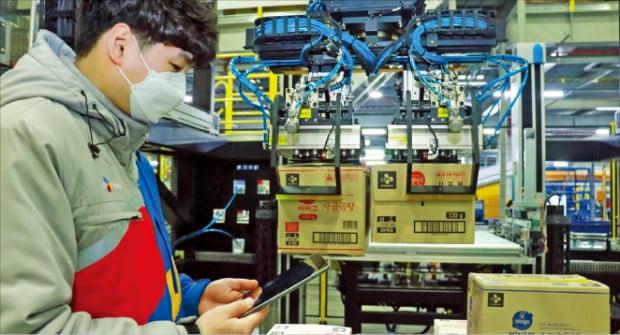 CJ대한통운 물류로봇, 박스 크기 달라도 '척척'
