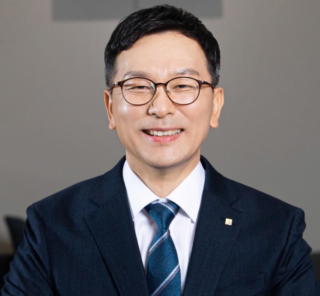'창립 52년 만에 첫 내부 출신' 서한국 전북은행장 취임