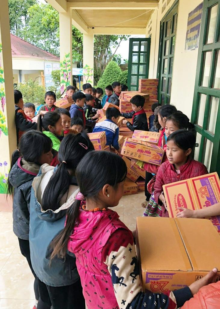 법원 국제봉사단, 베트남·몽골 학교에 방역물품 지원
