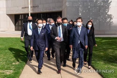 """한미일 """"북 비핵화 협력 재확인…유엔 결의 완전한 이행 긴요""""(종합2보)"""