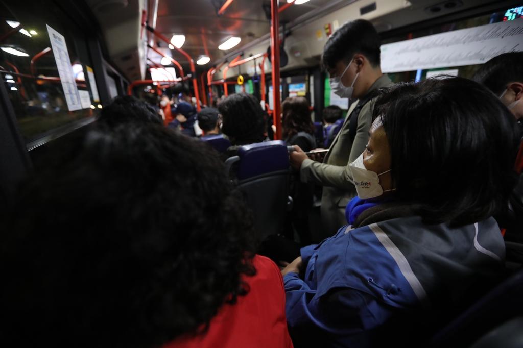 마지막날, '노회찬 버스' 첫차 오른 朴…진보 결집 메시지