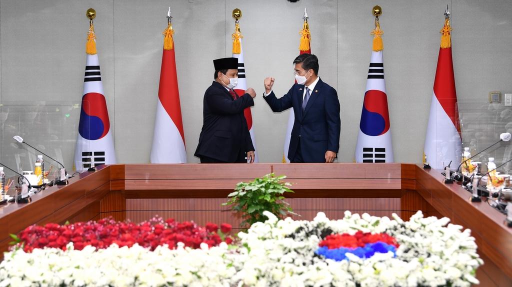 """한·인니 국방장관회담…""""KF-X 등 굳건한 신뢰상징…협력강화""""(종합)"""