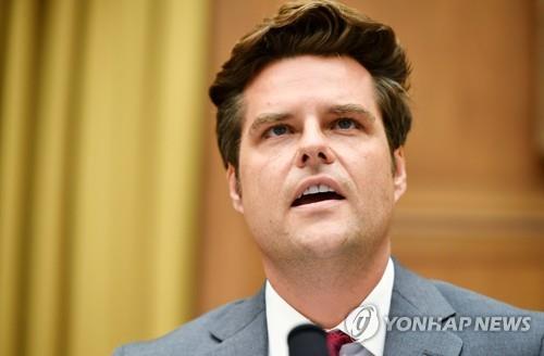 """""""부인하고 버티기…스캔들에 대응하는 미 정치권 새 전략"""""""