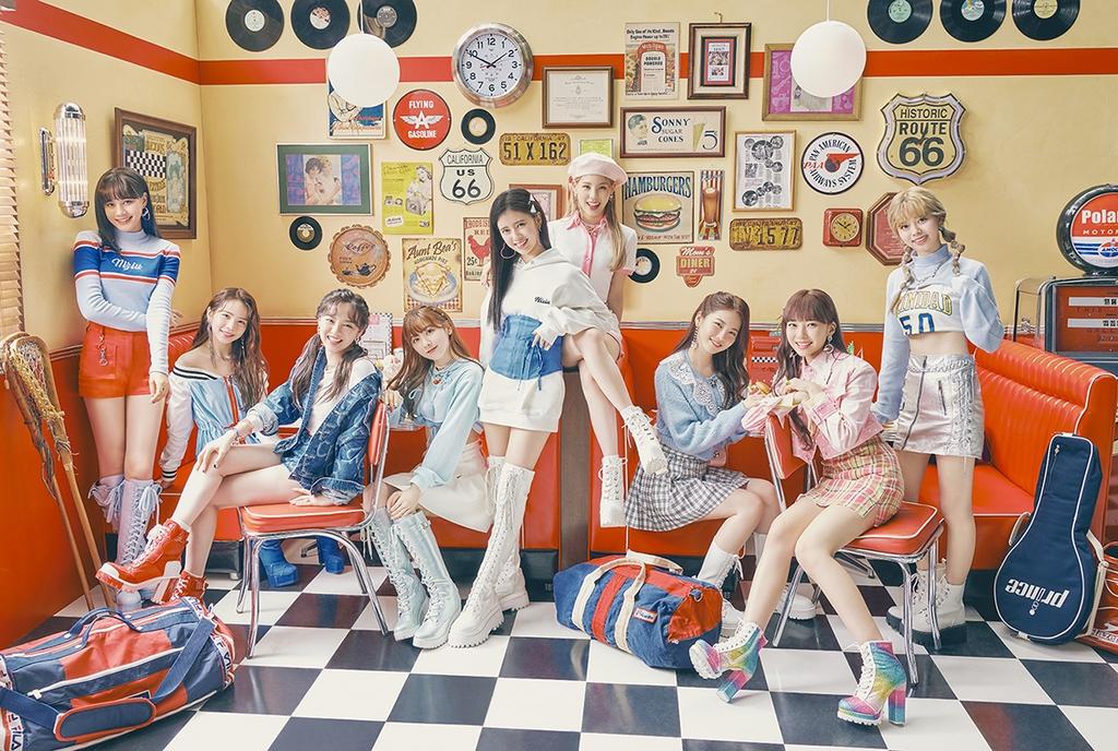 니쥬 싱글 2집, 오리콘 6일 연속 1위…주간차트도 정상