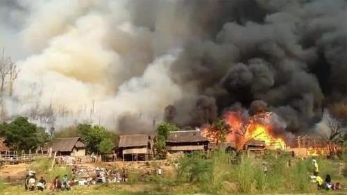 미얀마 카친주 긴장 고조…민간인 3명 포격 사망·전투기 공습도