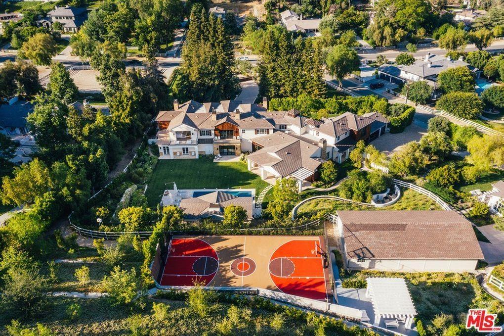 팝스타들의 216억원 부동산매매…마돈나, 위켄드 저택 사들여