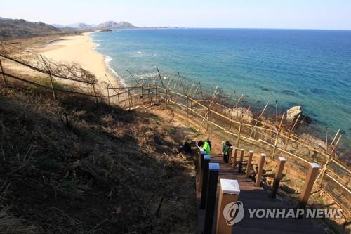 """22사단 감시장비 문제 없다던 軍, 뒤늦게 """"과도한 오경보"""" 실토"""