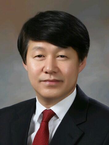 고용노동부 장관 내정자 안경덕…노사관계 전문 정통 관료
