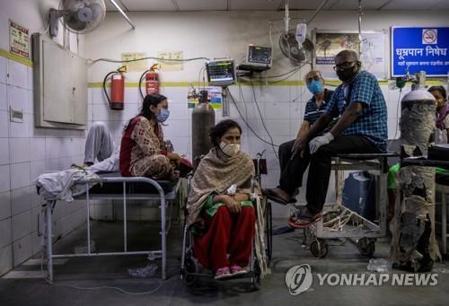 印코로나 폭증주범은 이중변이?…강한 전염력·백신 무력화 우려
