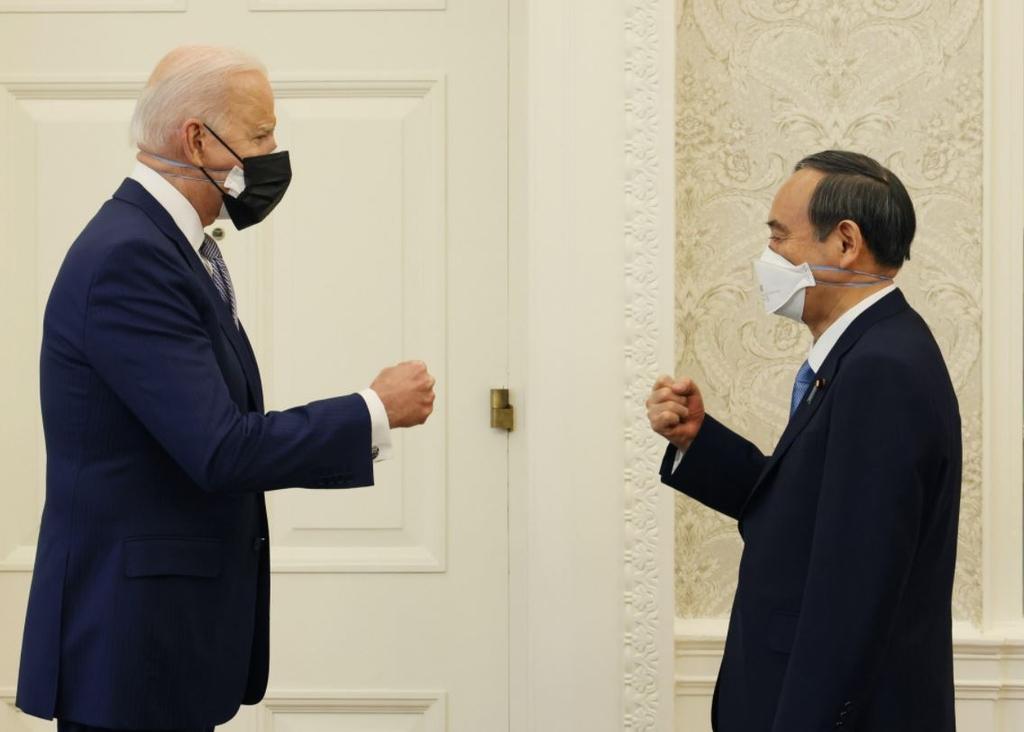 바이든 대면외교 '견본' 미일회담…백악관이 N95마스크 제공