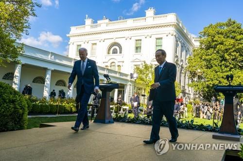 """""""일본의 중국 정책 루비콘강 건넜다…中, 보복조치 가능성"""""""