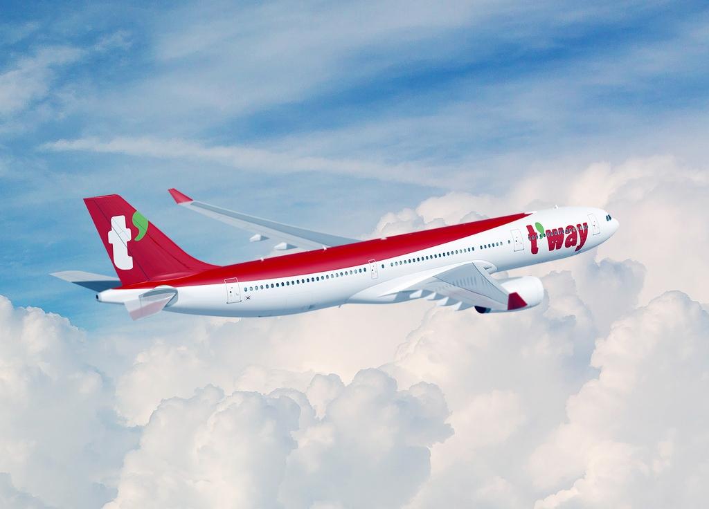 티웨이항공, 중대형기 A330-300 3대 임대 계약 체결…내년 도입