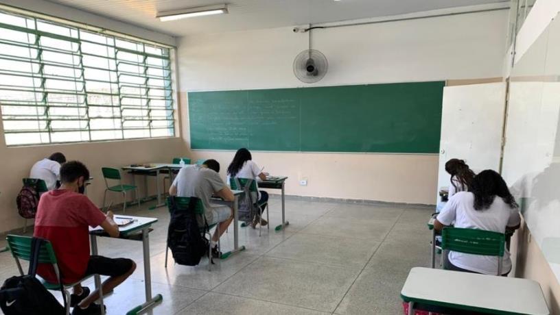 등교수업 중단 더는 어려워…브라질 하원, '필수 서비스'로 인정