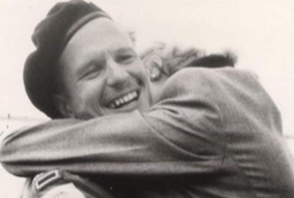 영국 참전용사의 10대 후손, 임진강 전투 70주년 기리며 달린다