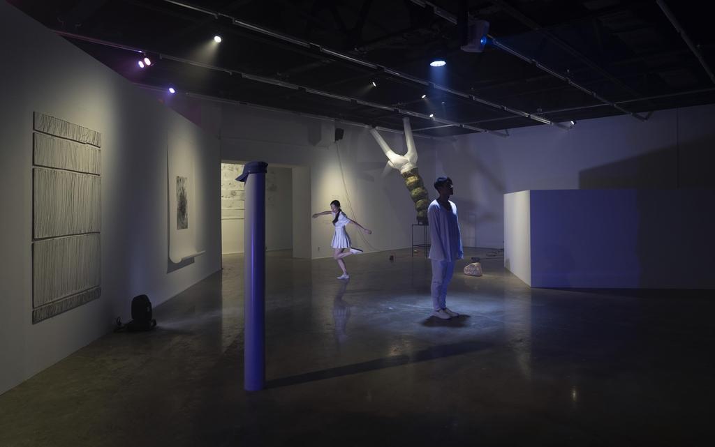 예술로 기록한 시간과 공간…아르코미술관 '그 가운데 땅' 전