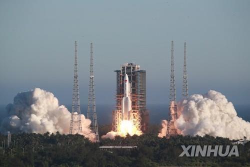 흔들리는 우주협력 상징 국제우주정거장…러·중 독자행보 가속