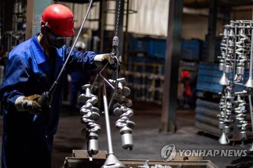 중국 4월 제조업 PMI 51.1…전달보다 둔화(종합)