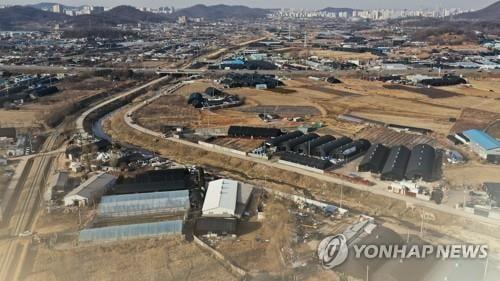 농협은행, `땅 투기 논란` 농지대출 조인다…DSR 300→200%