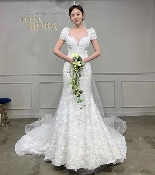 BTS 제이홉, 매형 생긴다…인플루언서 정지우 5월 결혼