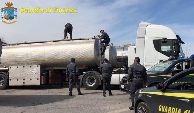 이탈리아서 `오일 마피아` 적발…1조3천억원 자산 압류