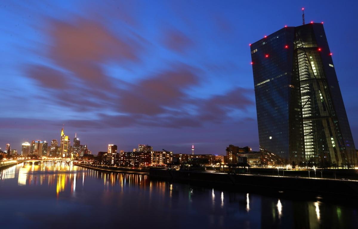 영국 빈자리 메운 독일 프랑크푸르트…EU 재통합은 가능할까 [국제경제읽기 한상춘]