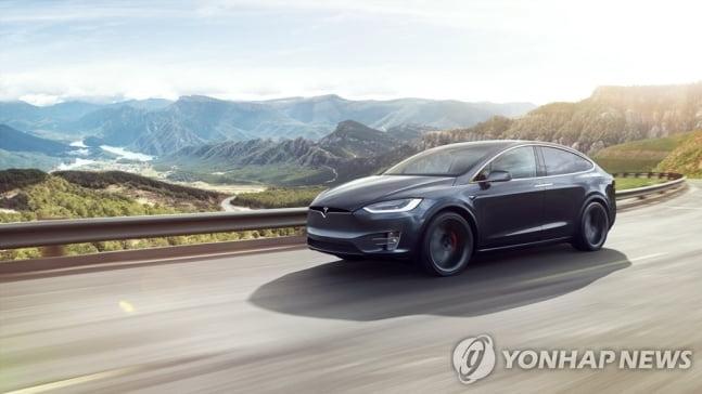 밴츠·BMW 제친 테슬라...한국 매출 4배 `껑충`
