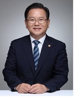 文 마지막 총리에 김부겸·국토 장관 노형욱…홍남기는 `유임`