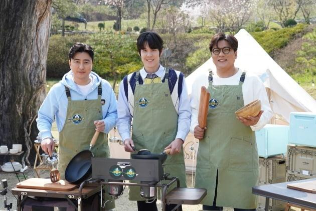 '전국방방쿡쿡' 스포츠팀./사진제공=MBN
