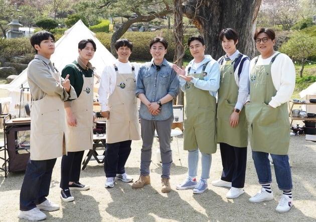 '전국방방쿡쿡' 단체, 김성PD./사진제공=MBN