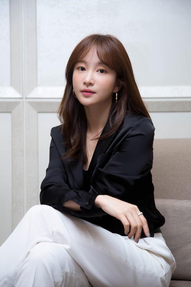 영화 '어른들은 몰라요'로 스크린에 데뷔한 배우 안희연(하니)./ 사진제공=리틀빅픽처스