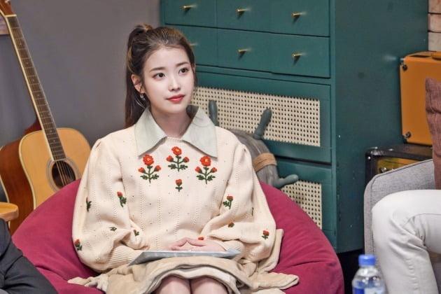 '유명가수전' 아이유./사진제공=JTBC