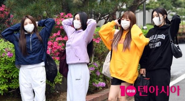 [TEN 포토] 브레이브걸스 '흥이 넘치는 가오리춤'