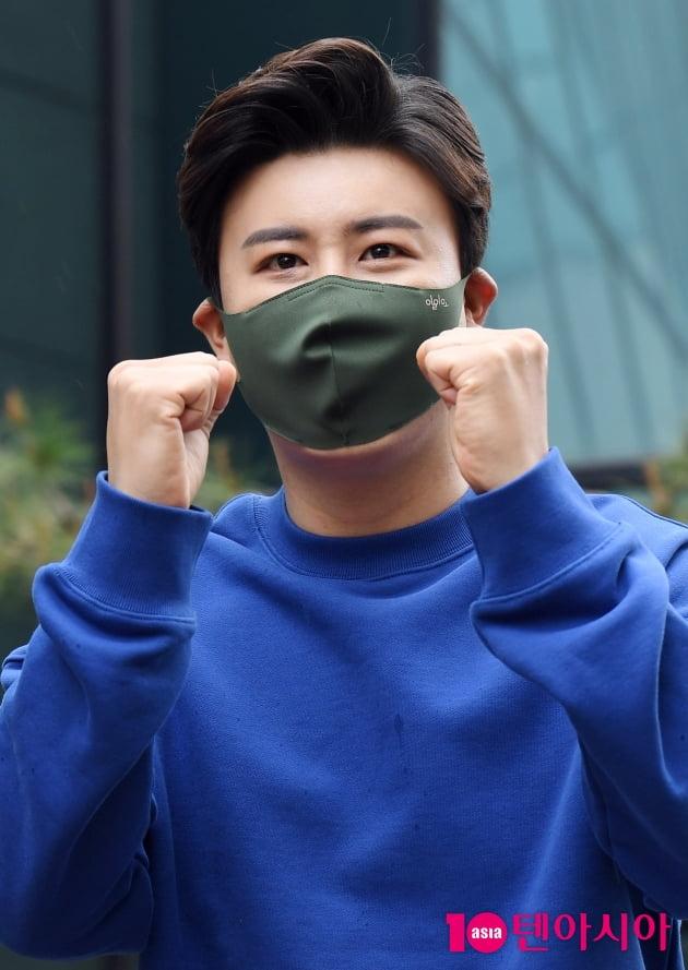 [TEN 포토] 진해성 '불후의 명곡 파이팅!'