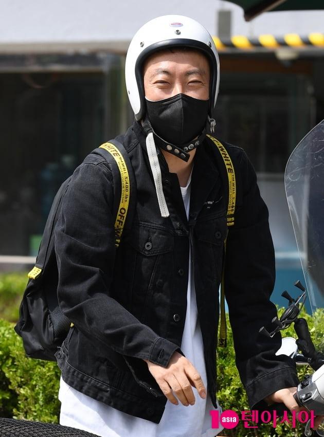 [TEN 포토] 박명수 '수줍은 미소'
