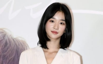 서예지, 엎친 데 덮친 격…학폭 의혹까지 '발칵'