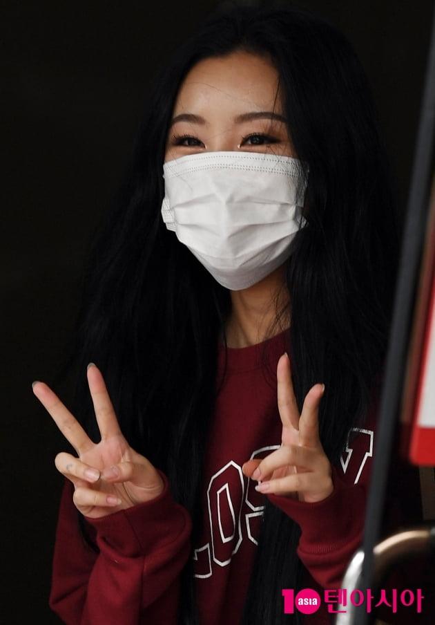 [TEN 포토] 마마무 휘인 '깜찍하게 브이~'