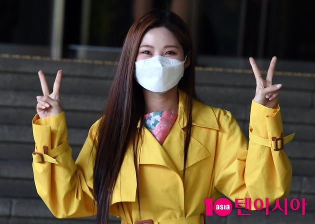 [TEN 포토] 배아현 '봄이 왔어요'