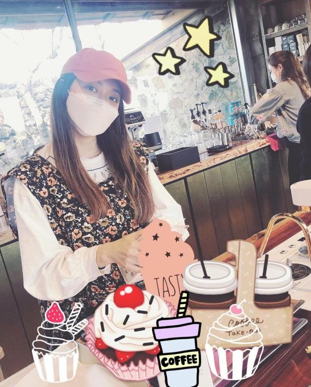 배우 박한별이 카페를 개업했다./ 사진=유진 인스타그램