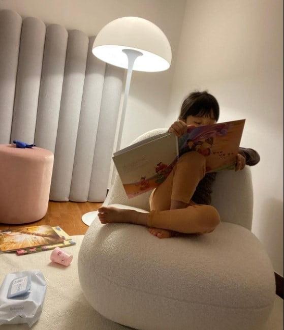 """김미려 """"내가 읽어주기 전 모아 혼자 두 권씩 읽어 감동"""""""