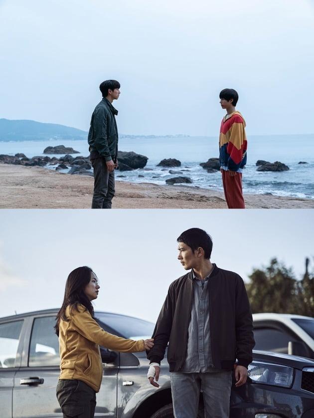 영화 '서복'(위)과 '낙원의 밤' 스틸 / 사진제공=CJ ENM, 넷플릭스