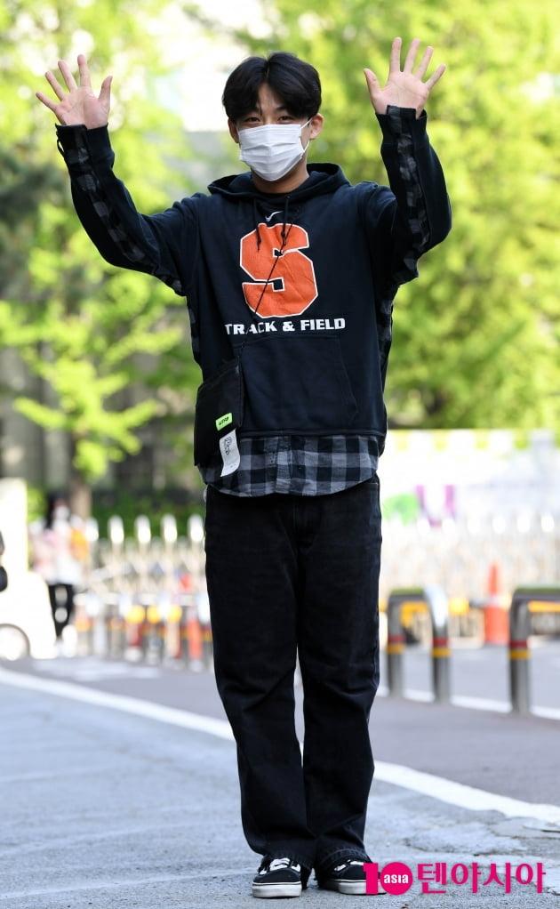 [TEN 포토] 신승태 '반가워요~'