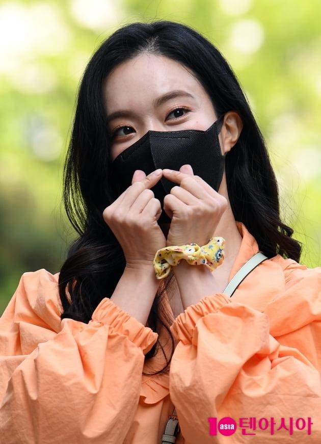 [TEN 포토] 김나희 '쪼꼬미 하트'
